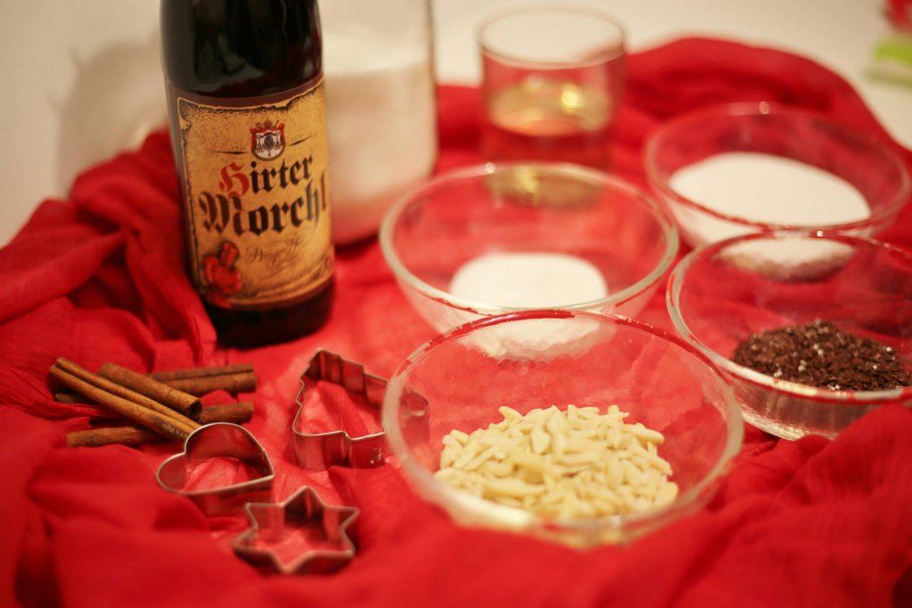 Weihnachtskekse mit Hirter Bier Zutatan