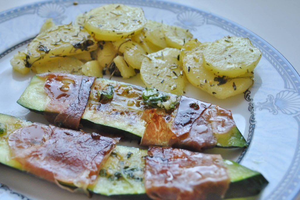 Zucchini im Prosciutto Mantel